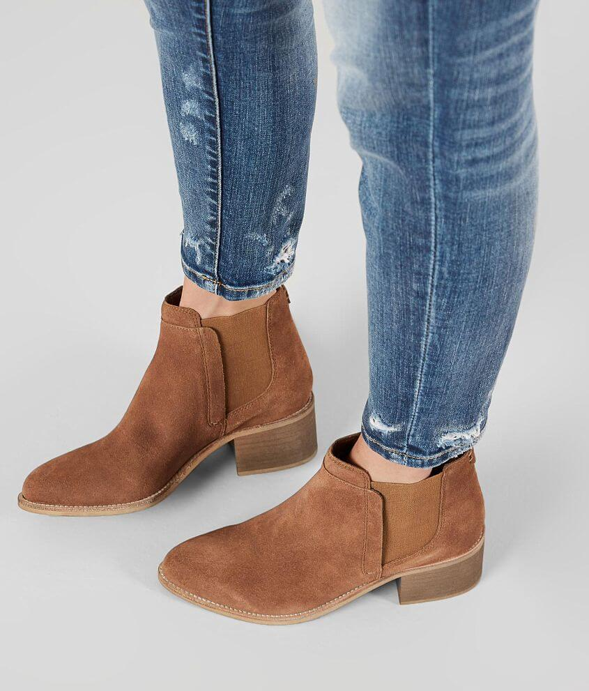 Crevo Chelsea Leather Ankle Boot front view