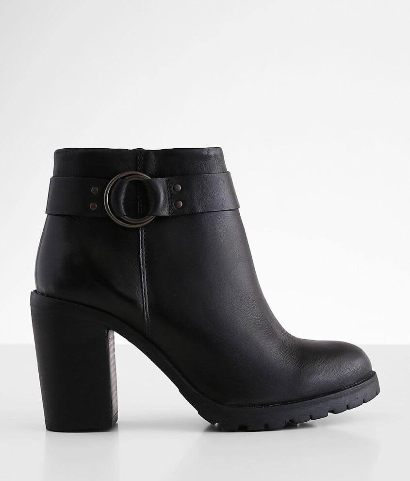 Crevo Kathryn Leather Heeled Ankle Boot front view