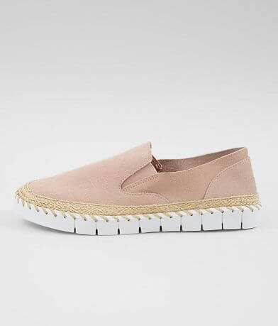 Crevo Skyla Leather Shoe