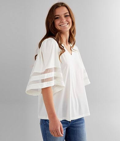 RAIN Flowy V-Neck Top