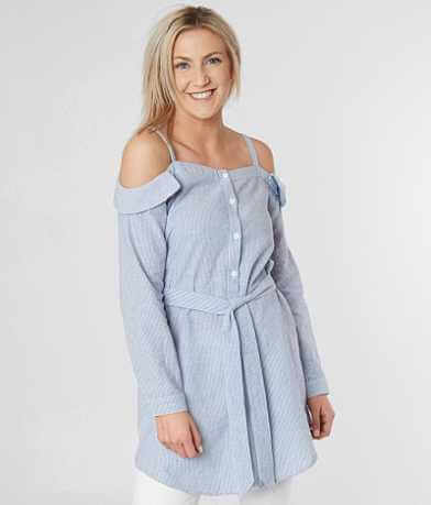 En Crème Cold Shoulder Tunic Top