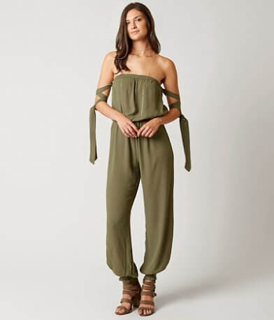 En Crème Off The Shoulder Romper