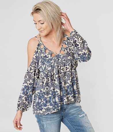 En Crème Cold Shoulder Top