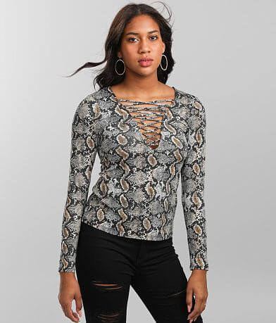 red by BKE Snake Print Top