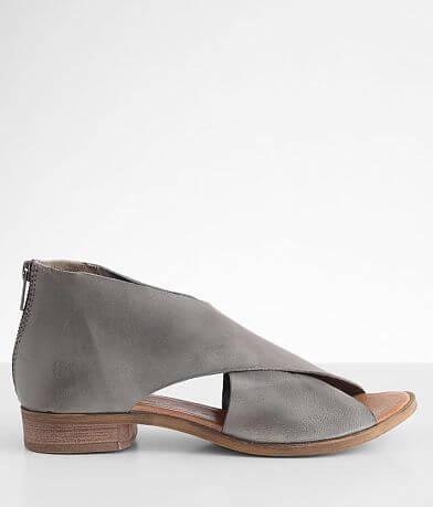 Bed Stu Betty Leather Sandal