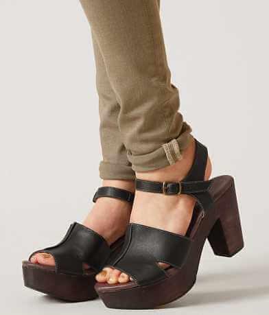 Roan Mara Shoe
