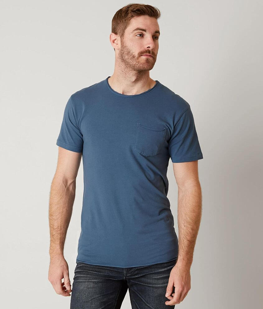 Style DWK067/Skus 421211, 421212, 420075, 420074, 420076 Chest pocket t-shirt Drop tail hem Model Info: Height: 6\\\'5\\\