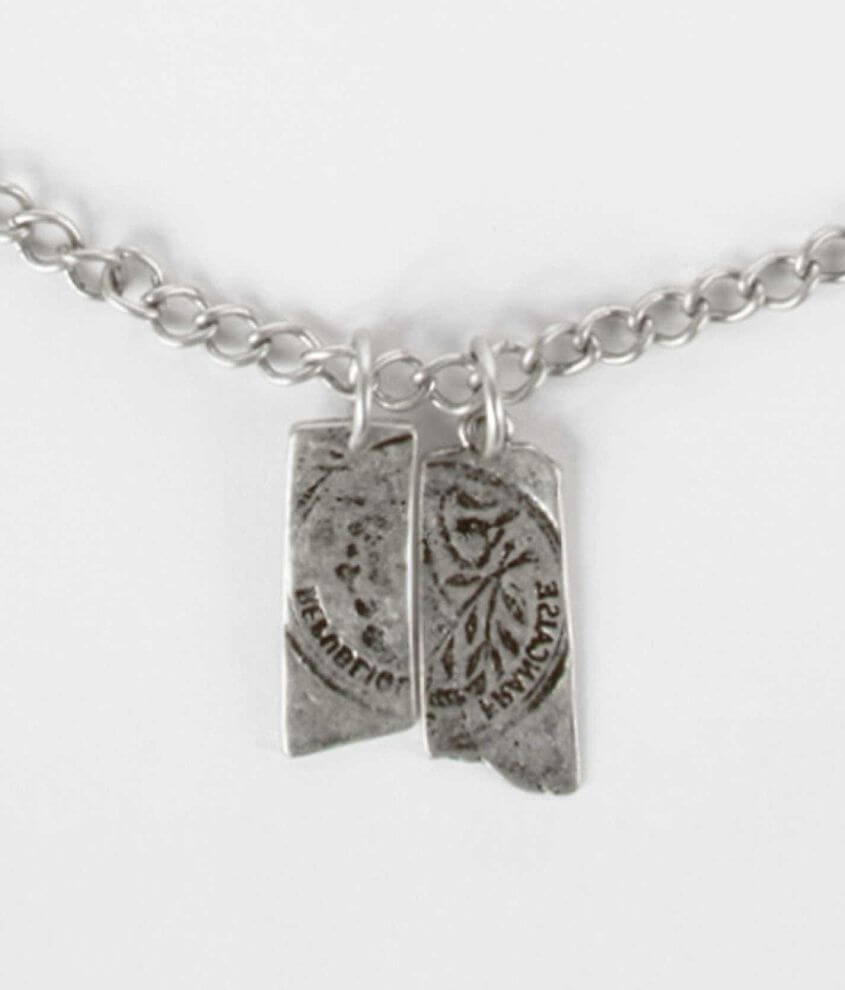 BKE Flavian Necklace front view