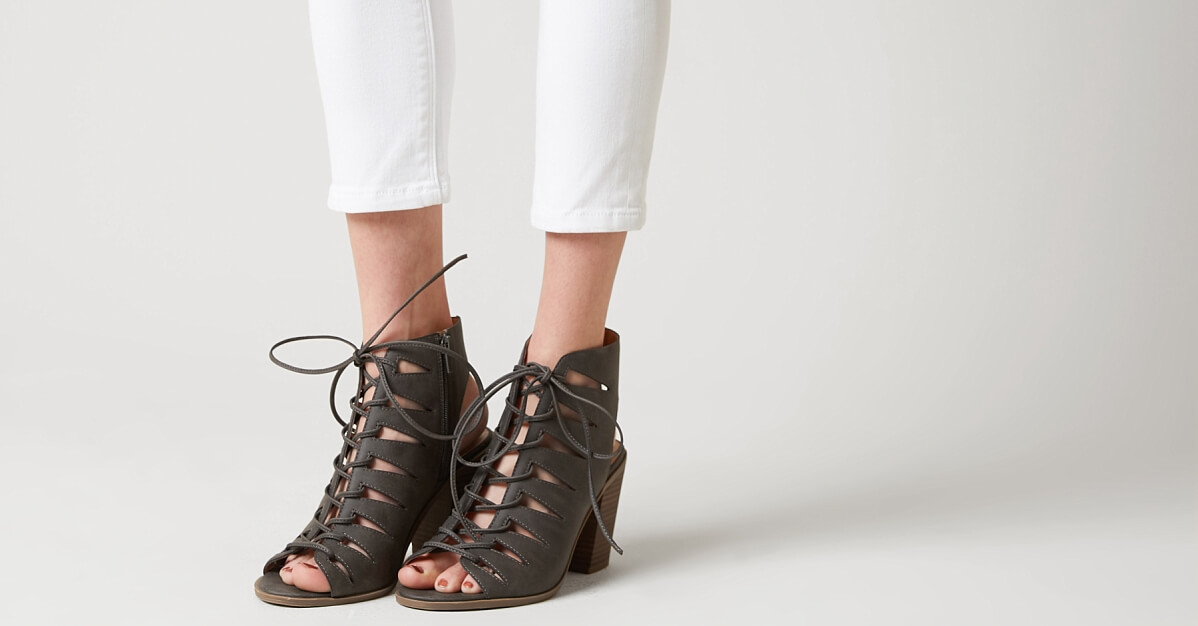 Women's Shoes: Women's Heels, Boots, Wedges & Sandals | Buckle