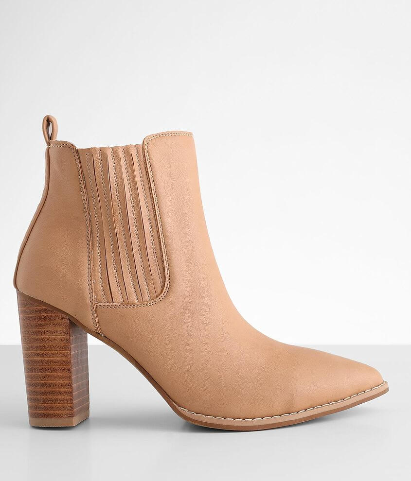 Oasis Society Finley Ankle Boot front view
