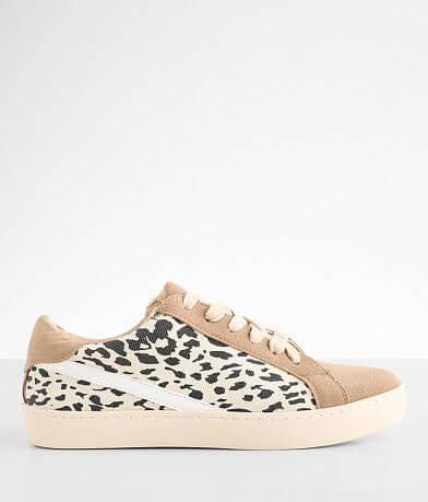Oasis Society Jordan Sneaker
