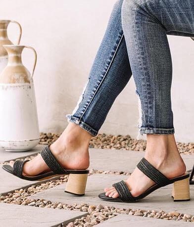 Mi.iM Raffia Weaved Sandal
