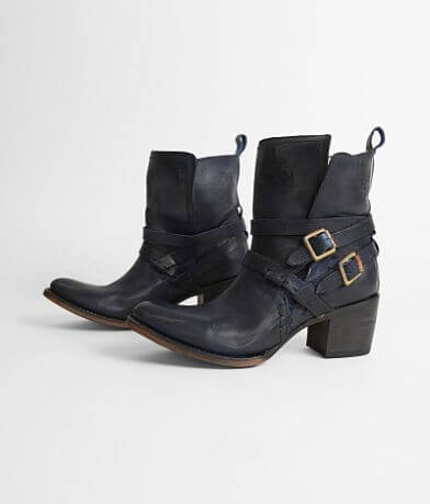 Freebird by Steven Saint Leather Boot