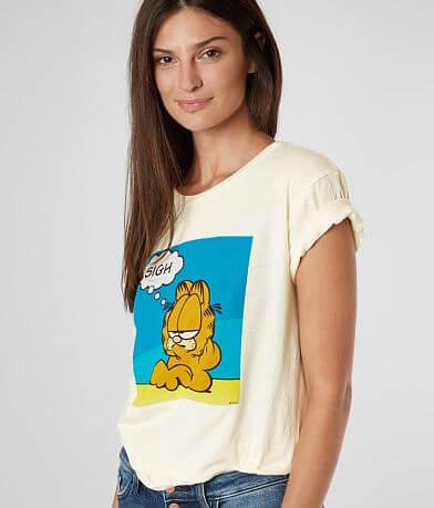 Desert Dreamer Garfield™ Sigh T-Shirt