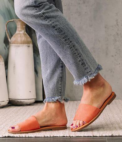 Soda Equals Sandal
