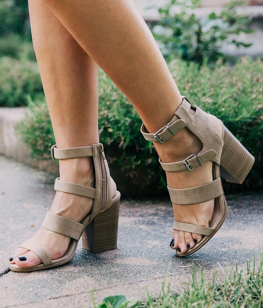Soda Right Strappy Heeled Sandal front view