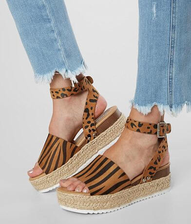 Soda Topics Animal Print Flatform Sandal