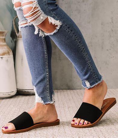 Soda In Line Wide Fit Sandal
