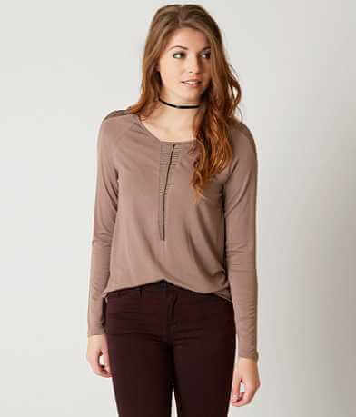 red by BKE Linked Top
