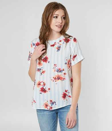red by BKE Floral Print Top