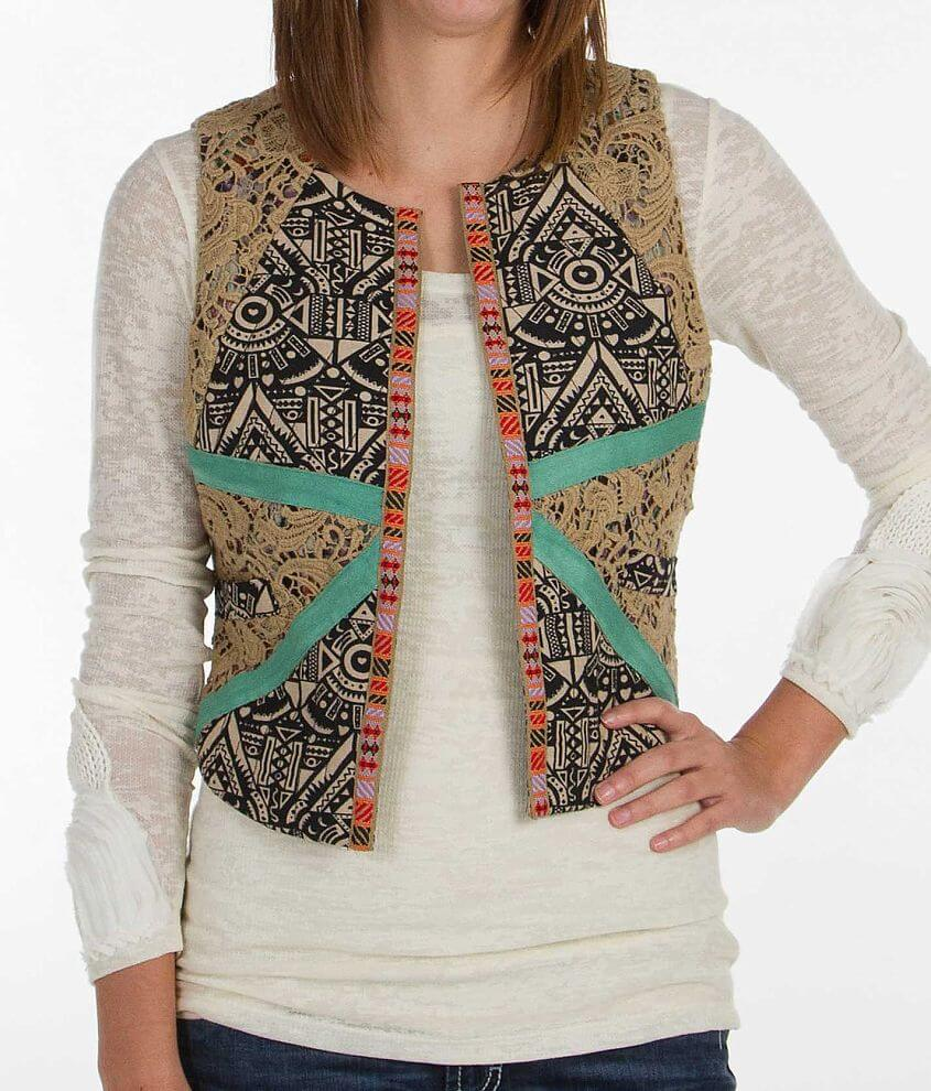 Gimmicks by BKE Pieced Vest front view
