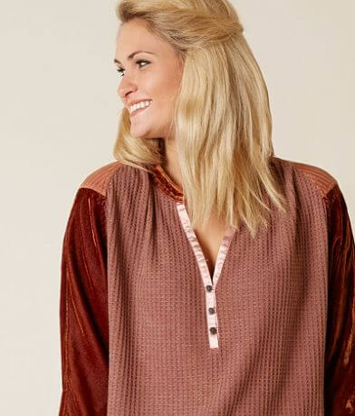 Gimmicks Waffle Thermal Henley Top