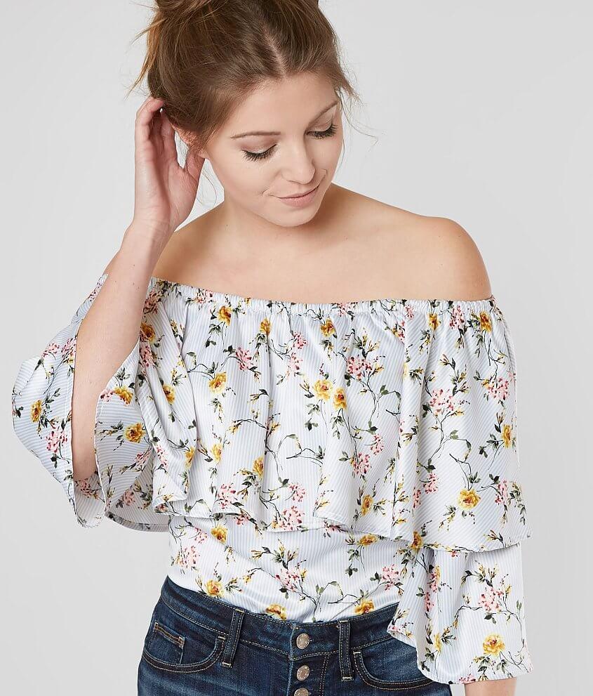 Style GMKR18014/Sku 527040 Elasticized floral print top Body length 19\\\