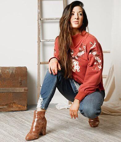 Gimmicks Floral Embroidered Sweatshirt