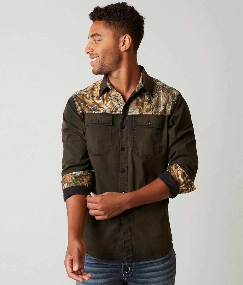 78184f46cc9e1 Realtree® Camo Stretch Shirt - Men's Shirts in Green | Buckle