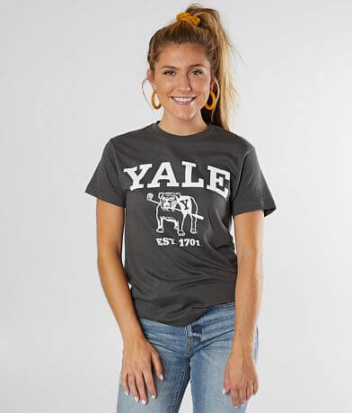 Yale™ Bulldogs T-Shirt