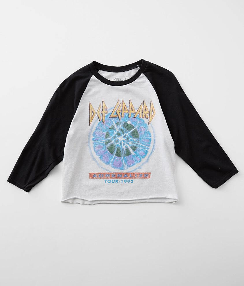 Dirty Cotton Scoundrels Def Leppard Band T-Shirt front view