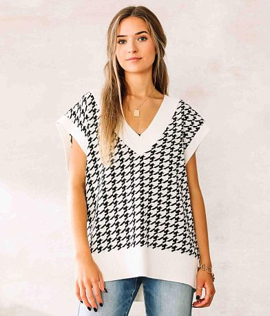 Willow & Root Houndstooth Sweater Vest