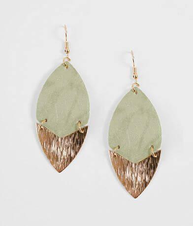 BKE Leaf Earring