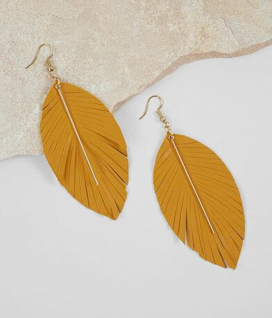 BKE Layered Feather Earring