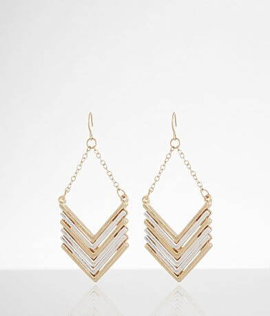 BKE Arrow Earring