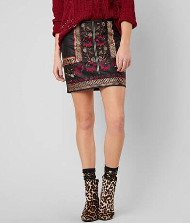 Romeo + Juliet Couture Embroidered Skirt
