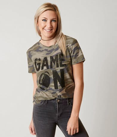 twine & stark Game On T-Shirt