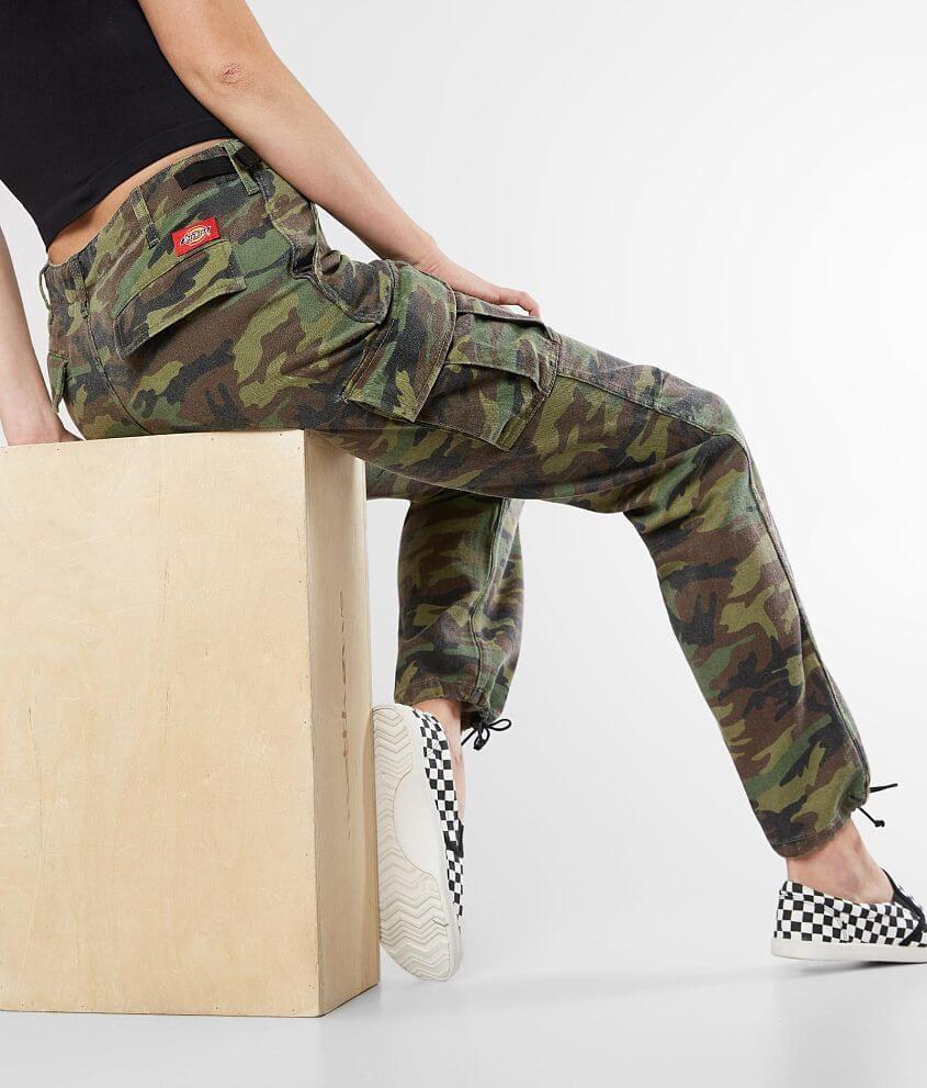 da84f5e227c Dickies Camo Utility Pant - Women s Pants in Olive