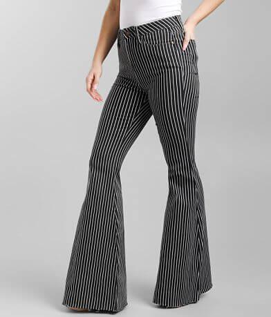 Judy Blue® Super Flare Jean