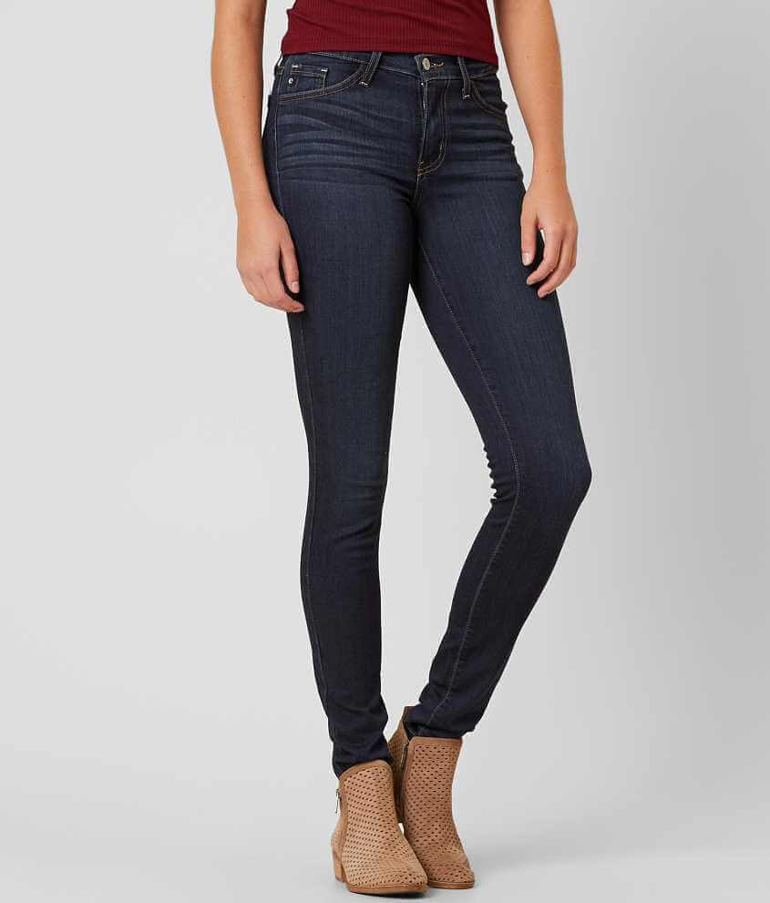 Tall jeans from all of these sellers and more are available at Search By Inseam, They have a versatile medium wash and popular skinny leg. The inseam on these jeans is 30″. This would be a good inseam length for me (if I was pregnant!) since these are designed to hit around the ankle bone. They have a long inseam length of 36″ and a.