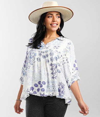 Daytrip Floral Pointelle Collared Blouse