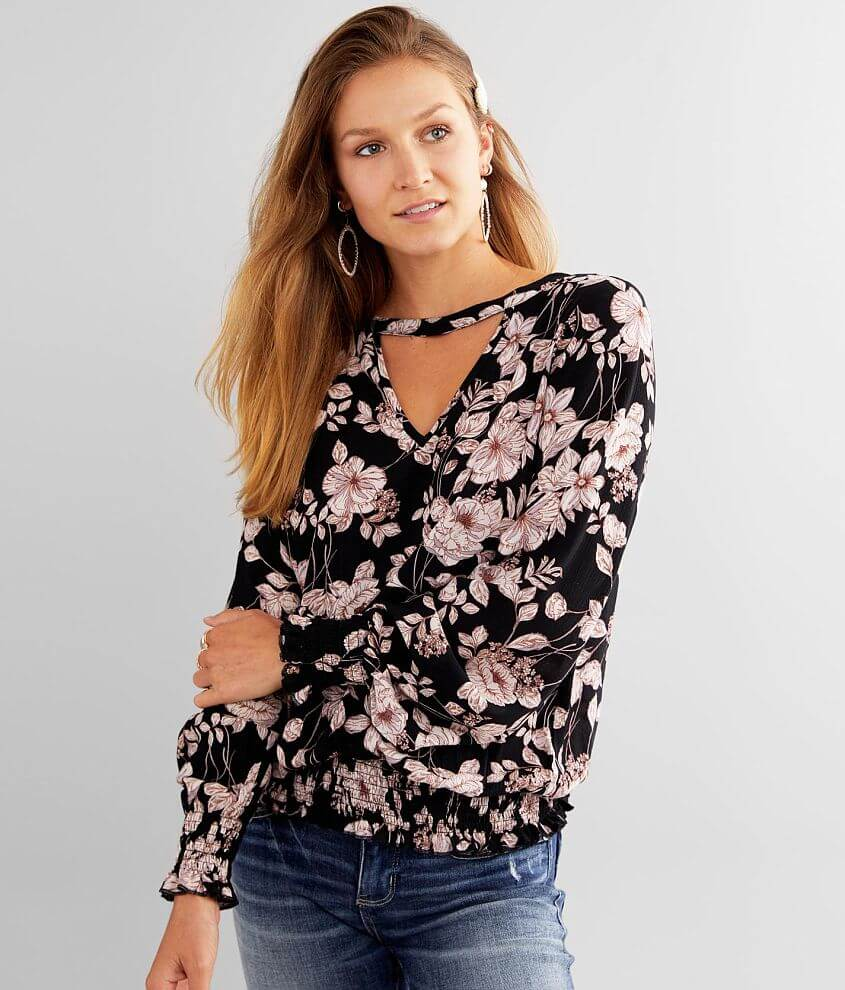 Daytrip Crinkle Floral Keyhole Top front view
