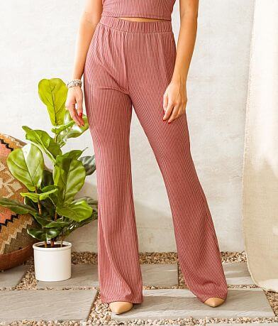 Willow & Root Ribbed Flare Stretch Pant