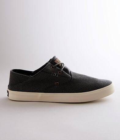 Lamo® Carter Canvas Shoe