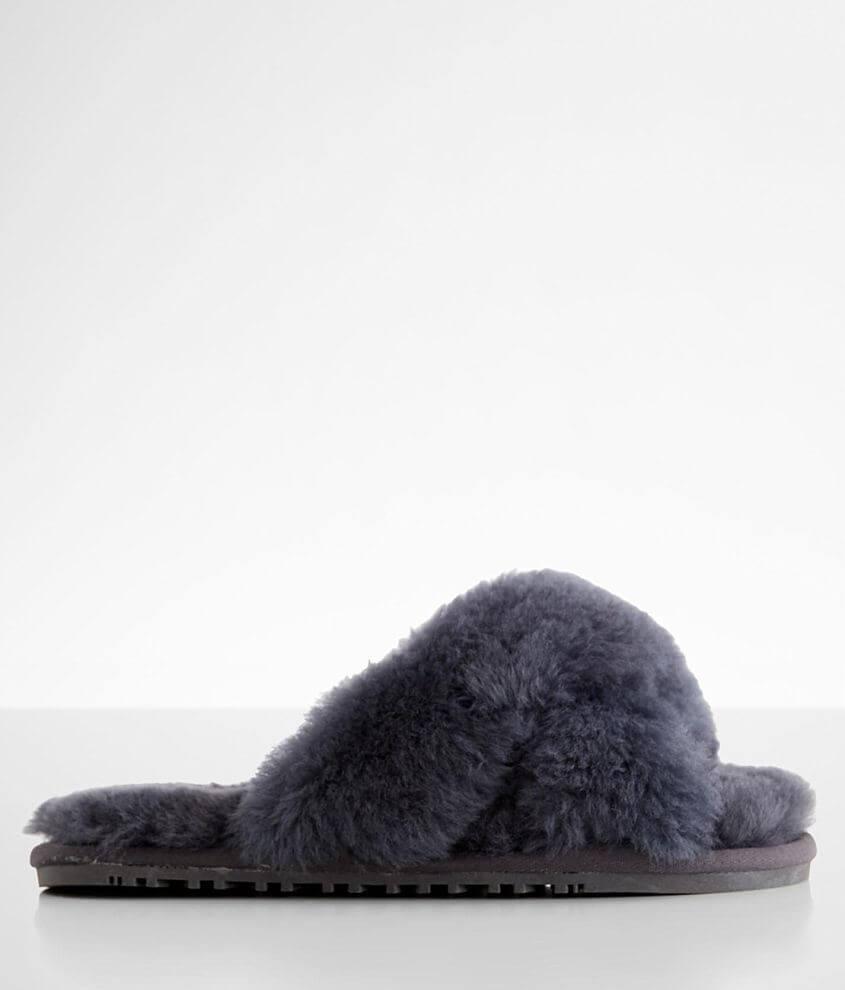 Lamo® Criss Cross Sheepskin Slipper front view