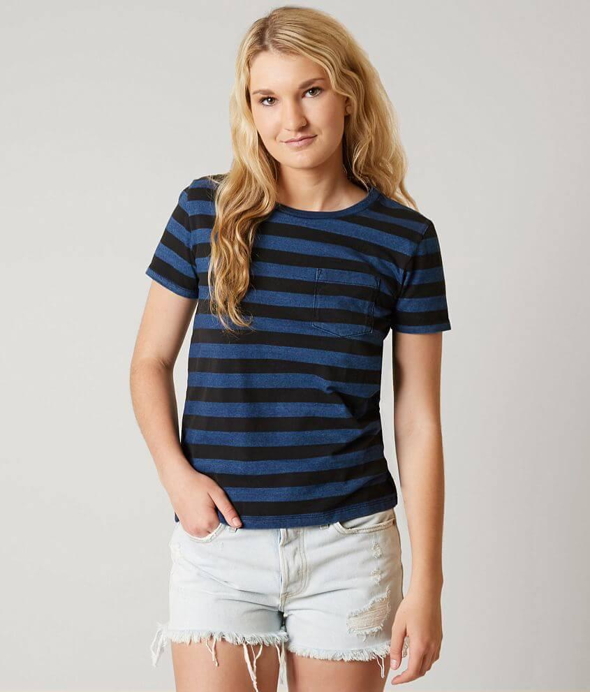 a1ba43c0656d Levi's® The Perfect Tee T-Shirt - Women's T-Shirts in Indigo Black ...