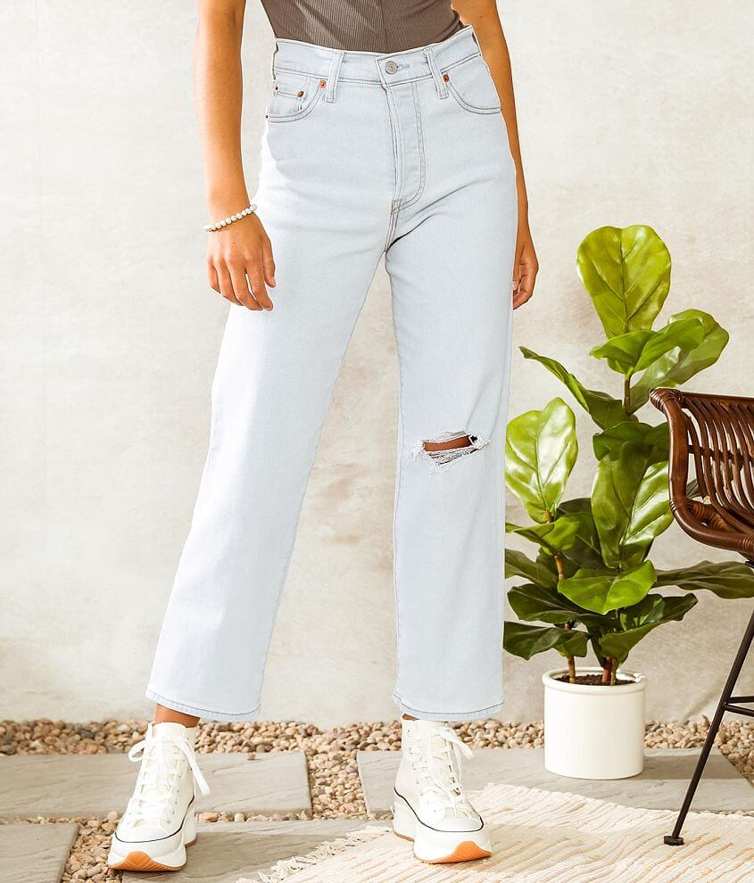 Levi's® Ribcage Straight Ankle Jean front view