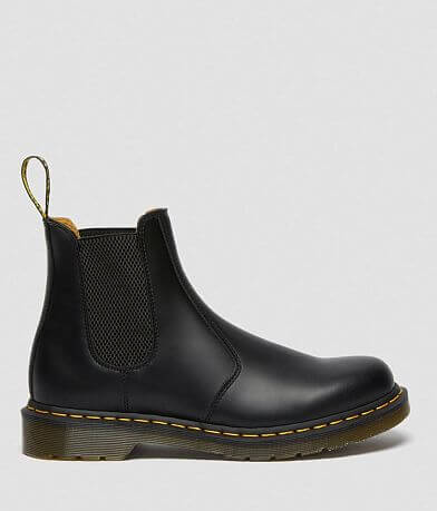 Dr. Martens 2976 Smooth Leather Chelsea Boot