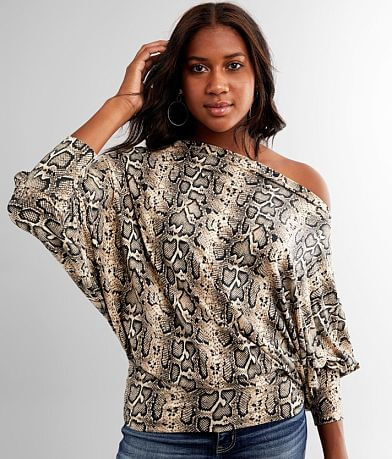 Main Strip Snake Print Top