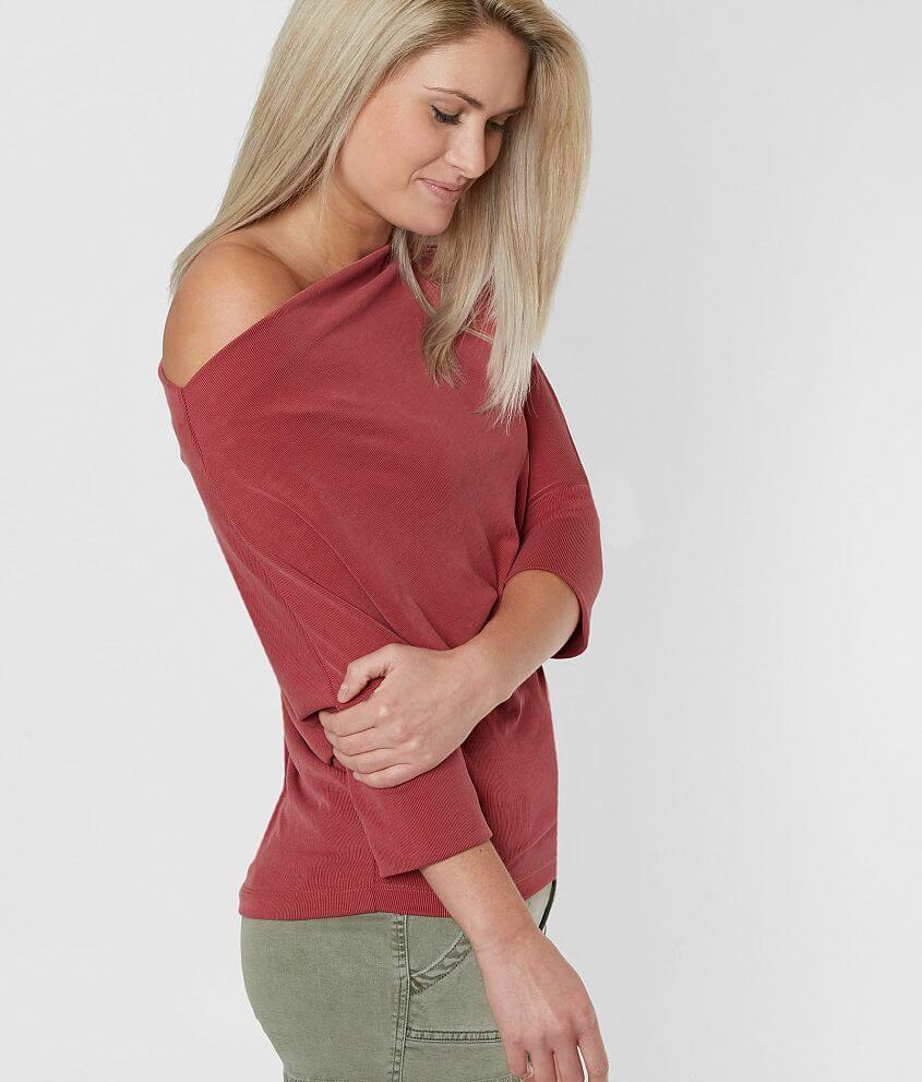 red by BKE Off The Shoulder Top front view